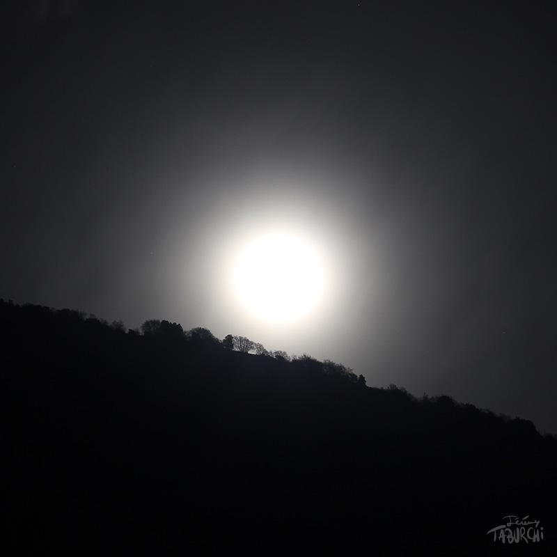 Un crête au clair de lune